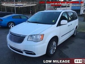 2015 Chrysler Town  Country Touring-L   - Low Mileage