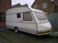 Clean Dry Lightweight Caravan - 5 berth - Ready to go!
