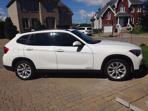 2013 BMW X1 Premium package SUV, Crossover