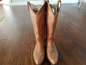 Rancho Loco Hand made boots - size 6