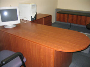 Great condition executive office desk