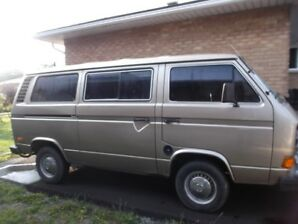 1983 VW Vanagon in mint condition