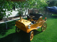 Oak Horseless Carriage
