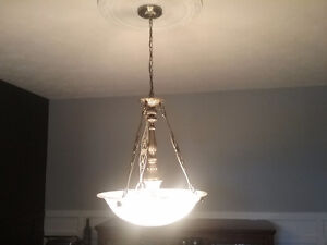Plafonnier/luminaire suspendu de salle à manger