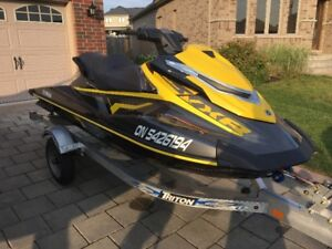 High Performance Yamaha VXR with under 15 hours includes trailer