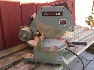 "Delta 10"" Motorized Mitre (Miter) Saw"
