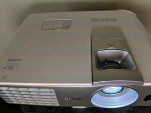 Benq W1070 1080P 3D Projector - Works Great