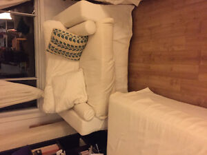 Very clean washable couch set love seat makes bad.