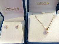 NEW - BIRKS Gold Necklace w/ Pearl Pendant and Matching Earrings