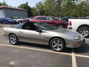 1999 Chevrolet Camaro Z28 Coupe (2 door)