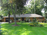Beautiful Lakeshore Road Bungalow with Deeded Beach Access