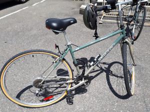Vélo de route Peugeot pour homme