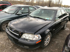 2003 Volvo S40  ** FOR PARTS ** INSIDE & OUTSIDE **