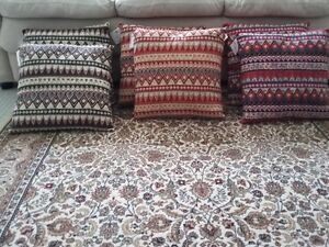 MULTICOLOR CUSHIONS PILLOWS (SET OF 6) - $75 FIRM London Ontario image 2