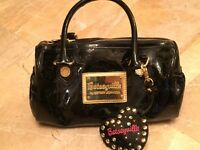 Authentic Betseyville Betsey Johnson log purse