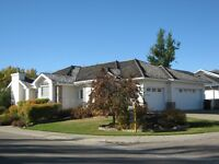 Executive Home in Drayton Valley!