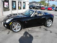 2006 SOLSTICE CONVERTIBLE..CHROMES  LEATHER  5 SPEED LOW KMS