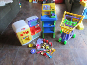 little tikes playkitchen. grocery cart and scanner