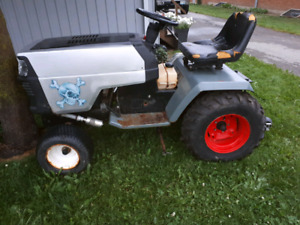 Craftsman lawn Tractor set up for lawn tractor pulls