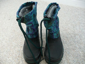 Brand New Weather Guard Boots - Child's Size 9