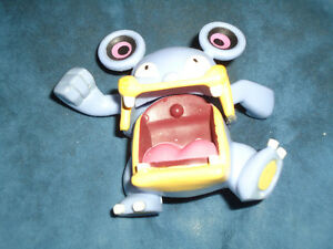 Pokemon Loudred Collectible Figure Nintendo