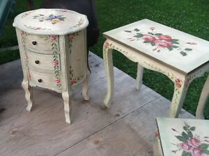Set of 4 nesting tables  & accent round tower with DRAWERS REDUC Kingston Kingston Area image 7
