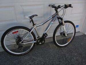 Unused Ladies Alivio 27 Mountain Bike