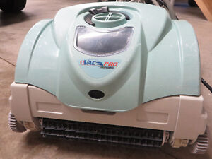 Hayward robotic pool cleaner - BRAND NEW