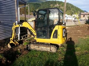 Excavator and dump trailer for sale