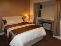 room in CANARY WHARF-prestige location, ASDA superstore, buses, tube, park, shopping centre NEARBY!