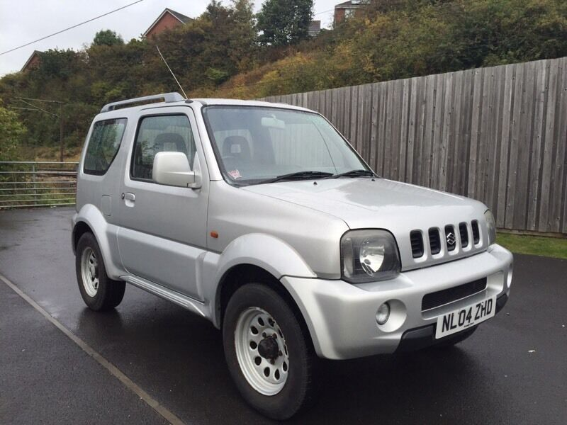 suzuki jimny 4x4 1 3 mode 2004 full mot not shogun pinin grand vitara rav 4 in leeds west. Black Bedroom Furniture Sets. Home Design Ideas
