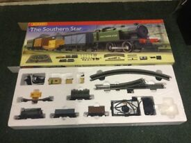 THE SOUTHERN STAR HORNBY TRAINSET