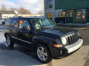 2008 Jeep Patriot 4x4 mint!!