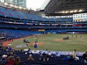 BLUE JAYS VS DODGERS ON MAY 6TH - 4 TICKETS - GREAT SEATS!!
