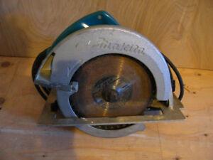 """MAKITA 8 1/4"""" Circular Saw Model 5008NB"""