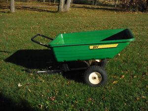 John Deere 8-cu ft utility cart/trailer