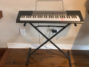 Casio LK165 Lighted Key Keyboard with Stand