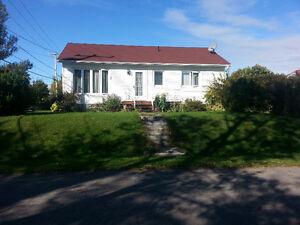 Maison à vendre New-carlisle 100 000$