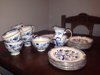 "Local pick up only . ROYAL GRAFTON , ""dynasty"" Fine Bone China TEA SET. 21 Pieces"