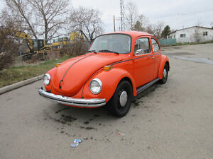 1973 Volkswagen Super Beetle With Sunroof