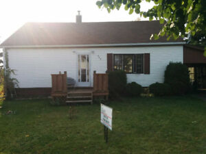 2-Bedroom House with Garage for Rent - Iroquois Falls