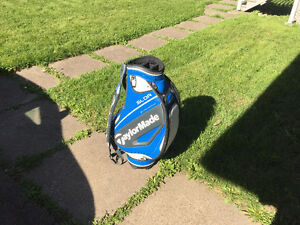 New TaylorMade SLDR Staff Bag