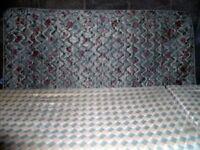 Double bed: Divan