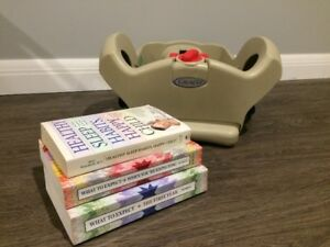 Graco Car Seat Base Model 1765254 / What to Expect Books