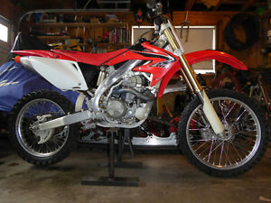 2005 Honda CRF450 - immaculate condition