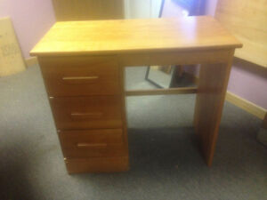 Solid Hardwood Tables and items London Ontario image 10