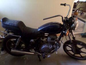 pieces et accesoires moto