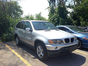 2003 BMW 3.0i SUV, for parts or ASIS 2,000 OBO