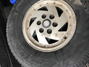 Chevy aluminum rims with winter tires Kitchener / Waterloo Kitchener Area image 3