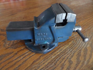 Woden No. 00 Bench Vise Kitchener / Waterloo Kitchener Area image 1